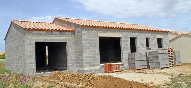 Combien de temps pour construire une maison raisons de for Combien de temps pour remplir une piscine