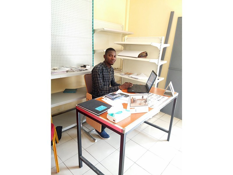 Win metal products ameublement for Bureau meuble abidjan